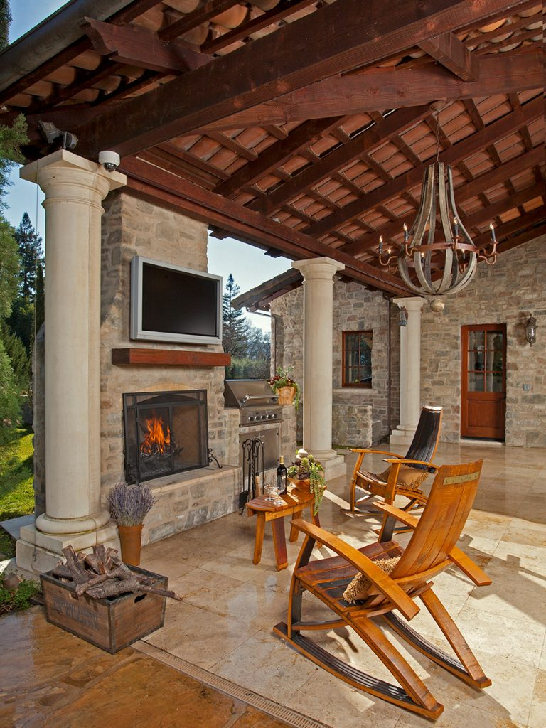 French Style Outdoor Patio Design